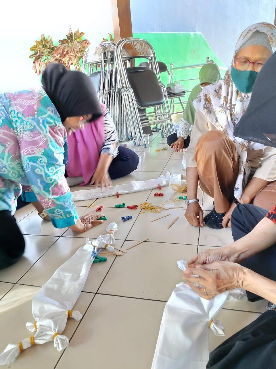 Kegiatan Pelatihan Batik Kelurahan Mantrijeron
